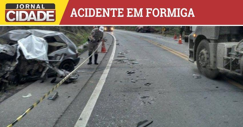 Acidente deixa dois mortos e um ferido na BR-354, em Formiga. http://goo.gl/CO91p8