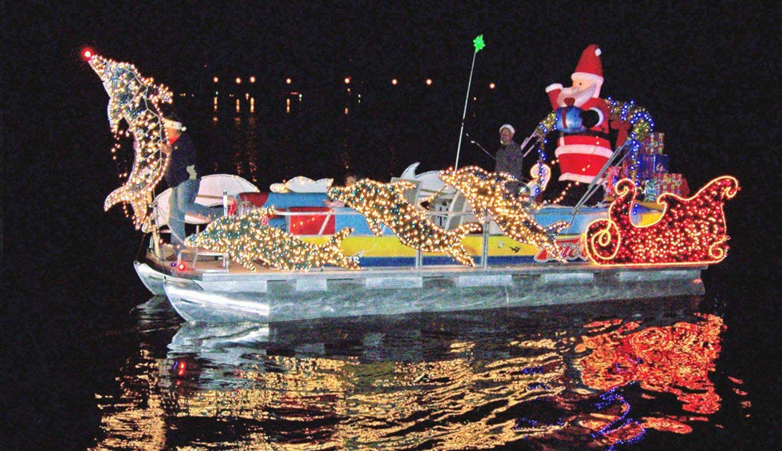 Holiday Boat Parades Invade Waterways Around Tampa Bay