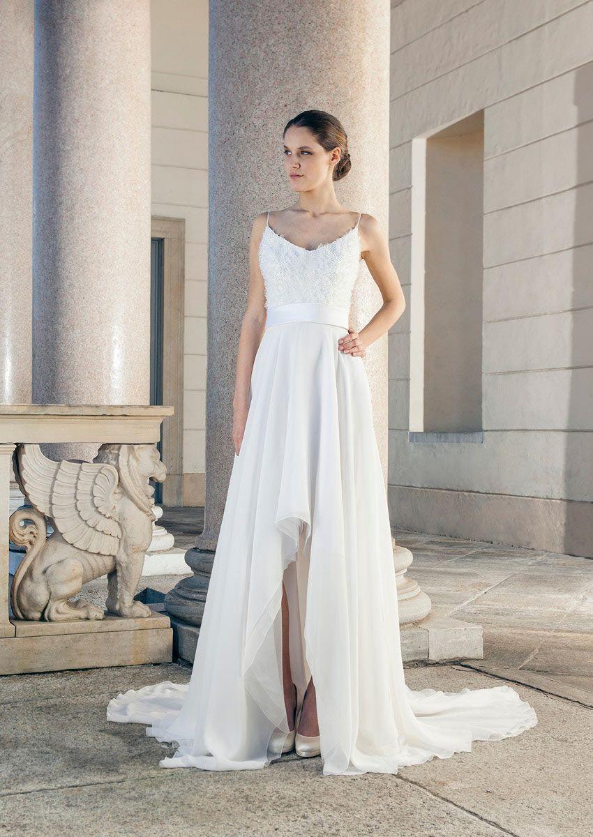 Nice mullet wedding dress with beautiful Train of Giuseppe Papini ...