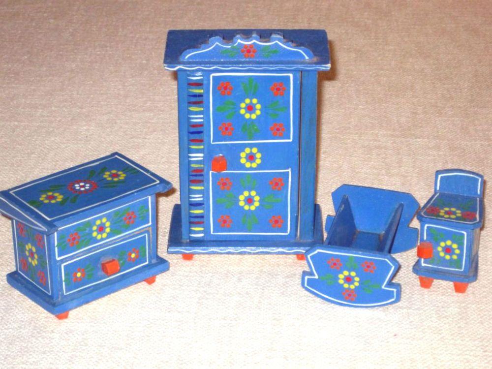 Alte bemalte Puppen Möbel Holz Schrank Wiege Puppenstube Puppenhaus