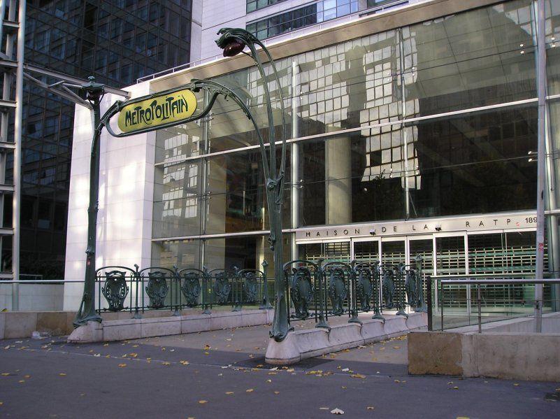Paris, Métropolitain, Entrée de la station Gare de Lyon 3, arch. Hector Guimard