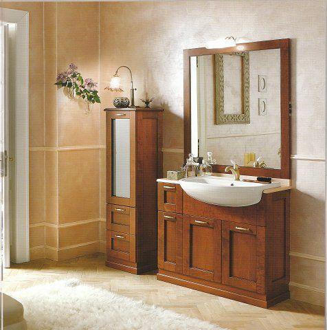 Mobile bagno classico bagni in arte povera pinterest bagno mobili e idee - Bagno arredamento classico ...