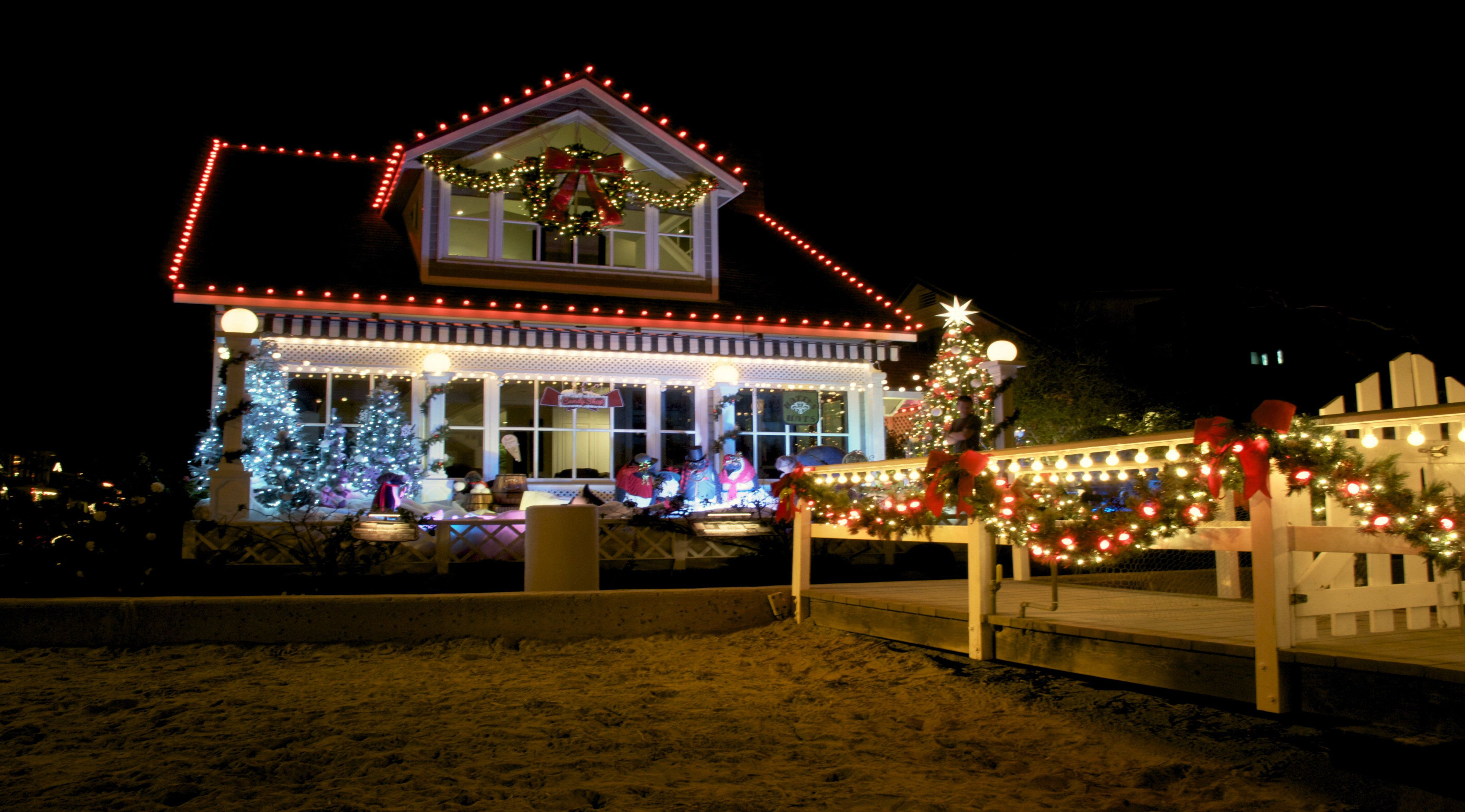 Pin By Home Decor On Home Ideas In 2019 Christmas Lights Home