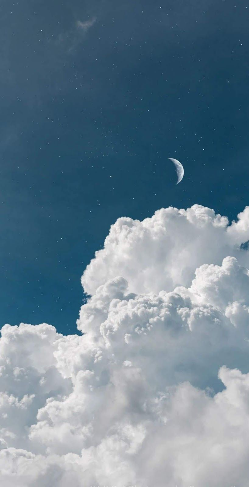 Crescent Moon In Cloudy Sky In 2020
