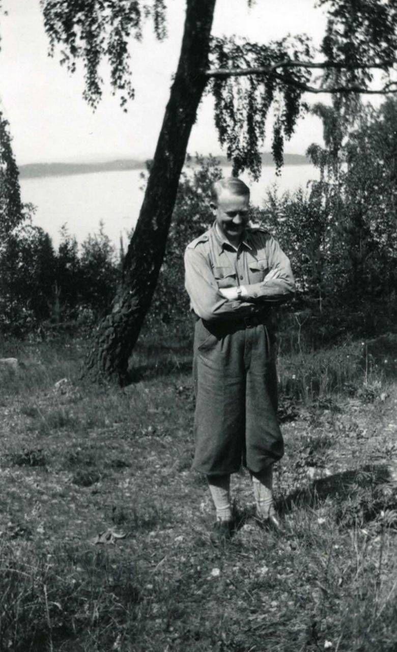 Riksarkivet frigir Vidkun Quislings private bilder - Aftenposten  Private collection Vidkun Quisling, Vidkun served as Minister-President of Norway, backed by the Nazis 1942-1945