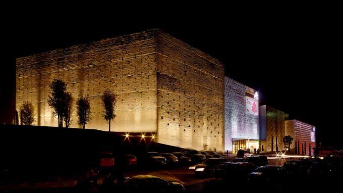 ABC Dbayeh Dep't Store, Beirut, North Facades, Night. Photo courtesy Joe Kesrouani