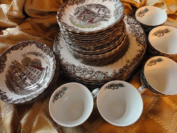 33 Pc. Heritage Hall Dishes by Johnson Brothers, England | Hall ...