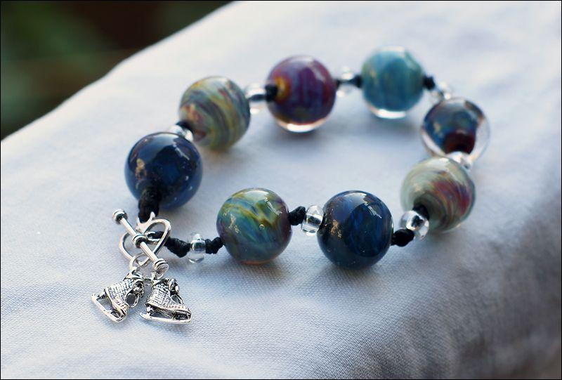Agcontaining glass beads