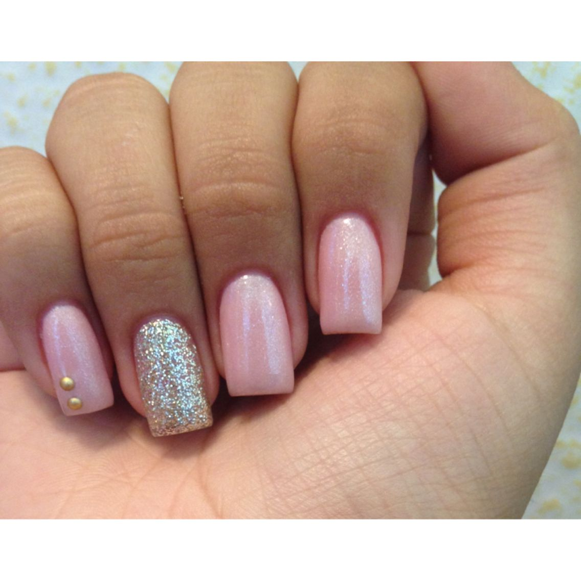Light Pink Gel Nails With A Silver Glitter Accent Nail Coffin Nails Designs Gel Nails Accent Nails