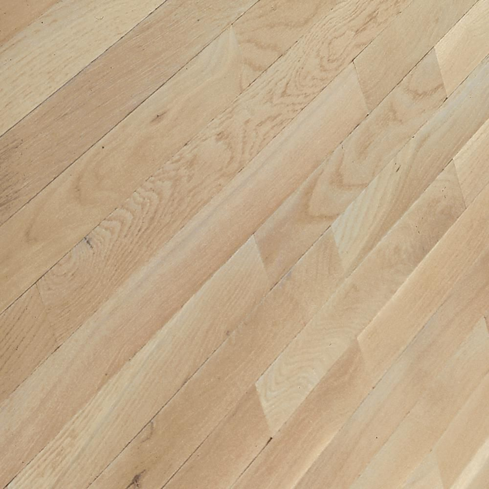 Bruce Bayport Oak Winter White 3 4 In Thick X 2 1 4 In Wide X Varying Length Solid Hardwood Flooring 20 Sq Ft Case Cb1323 The Home Depot Solid Hardwood Floors Hardwood Floors Engineered Hardwood Flooring