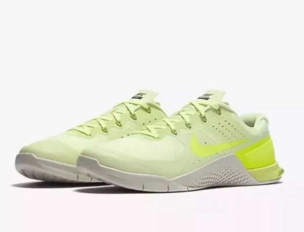 new style fefe0 26806 Nike Metcon 2 Crossfit Shoes Barely Volt Light Bone (819899 700) Men s Size  15