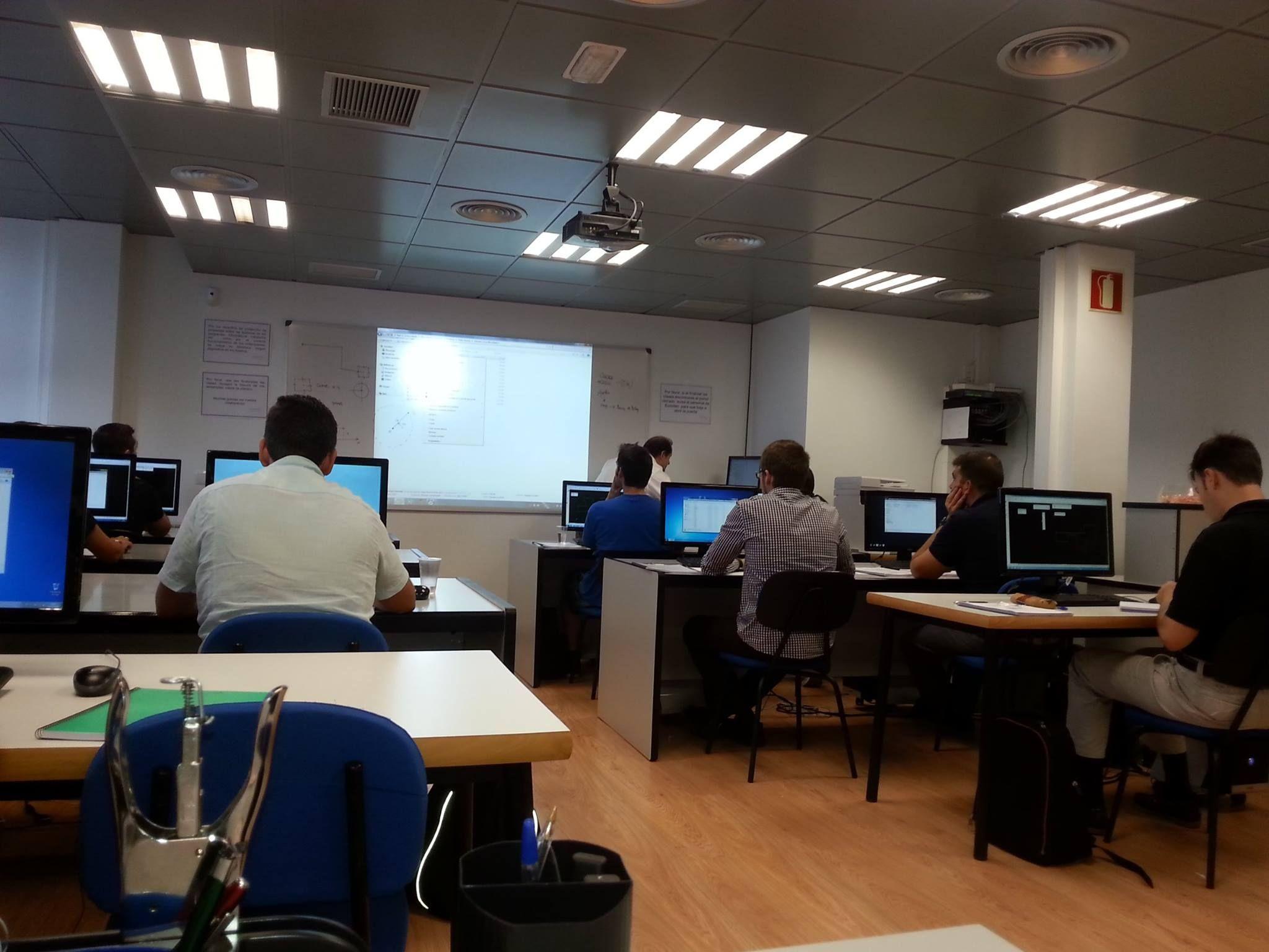 Curso de #Microstation www.euroden3d.com #Formación #Ingeniería