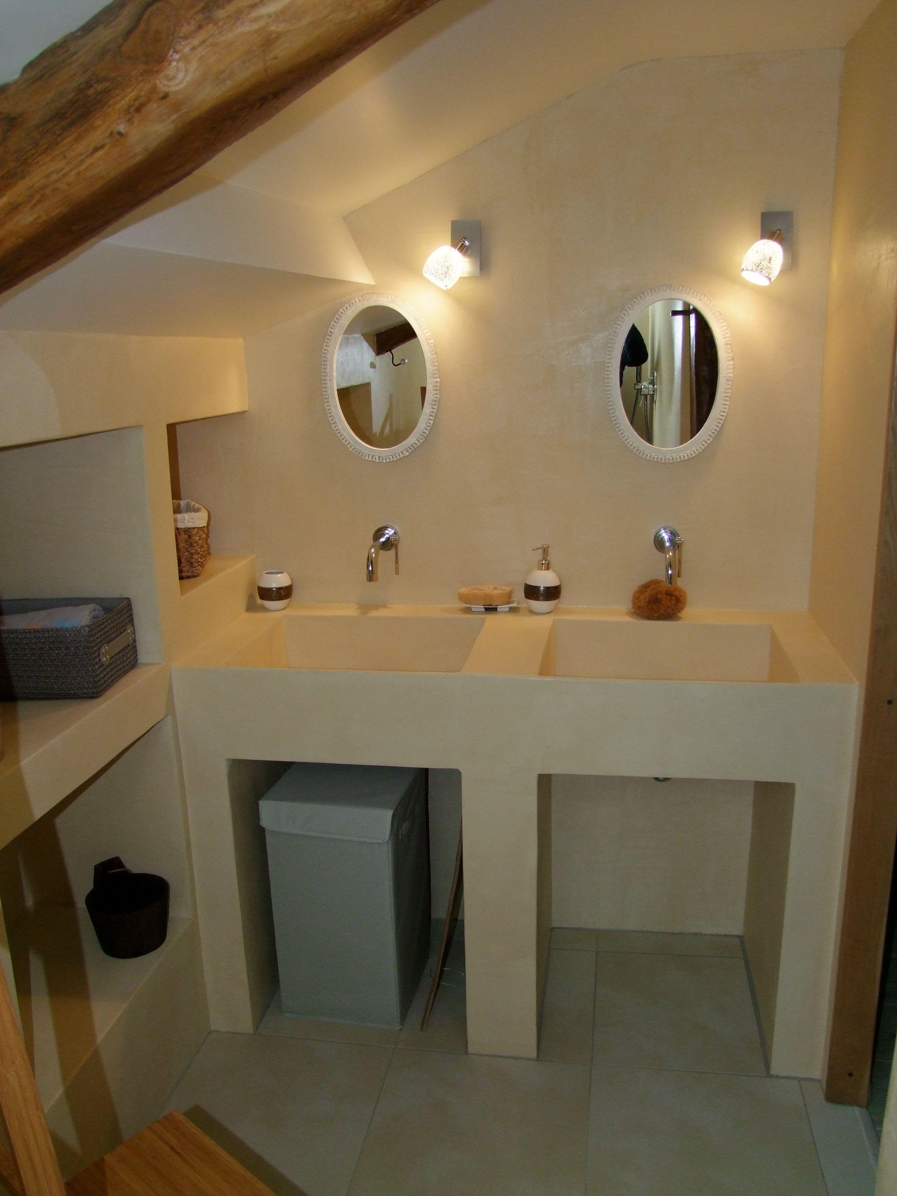 Rev tement pour douche et salle de bains en b ton cir - Beton cire pour carrelage salle de bain ...