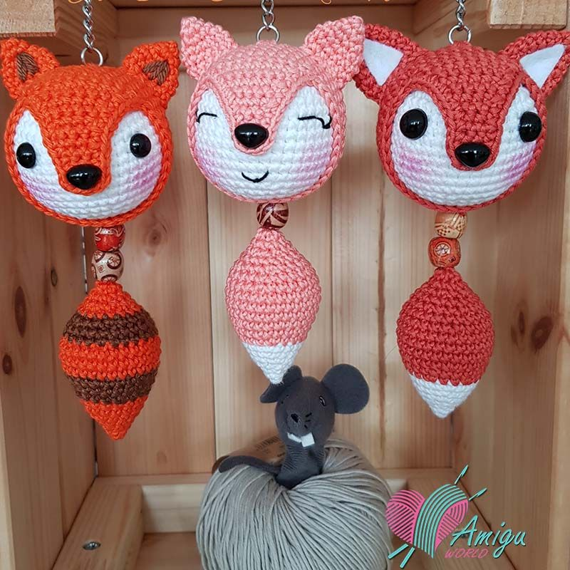 Crochet little cat keychain Amigurumi keyring Crochet pattern | Etsy | 800x800