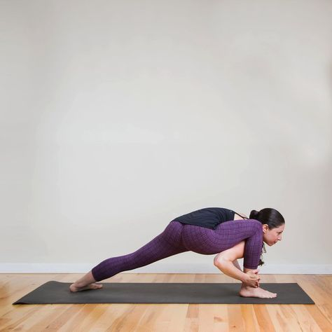 yoga sequence for slimmer stronger thighs with images