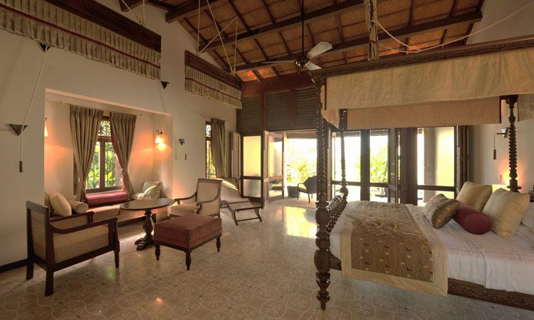 An intimate sri lankan manor house with just the right for Bedroom designs in sri lanka