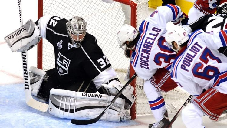 Kings beat Rangers, 32, in overtime in Game 1 on Justin