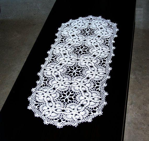 Camino de mesa tejido a telar con soles de maracaibo for Camino de mesa a crochet