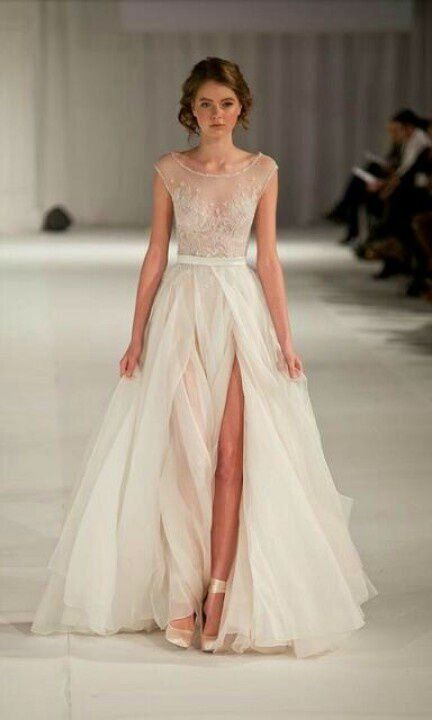 38 Striking Wedding Dresses with Slit | Wedding dress, Weddings ...