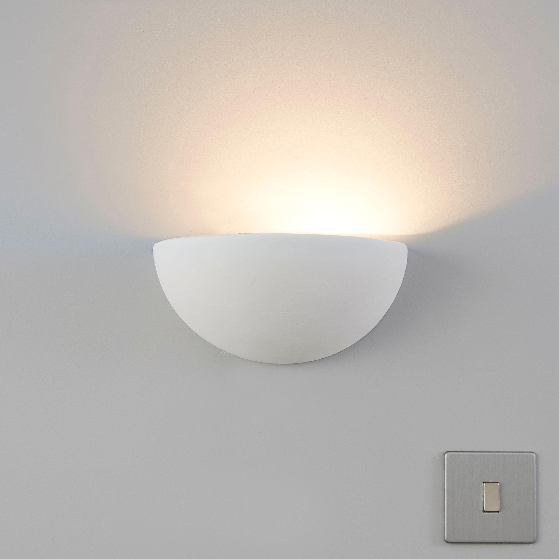 Aura Cream Wall Uplighter