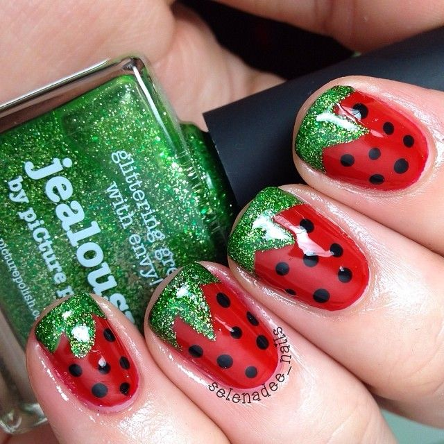 Strawberry Mani With Green Glitter | Nail Ideas | Pinterest | Sandia ...