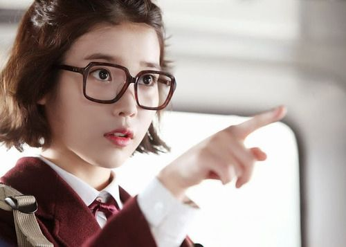 11 Ridiculously Beautiful K Pop Idols In Nerd Glasses