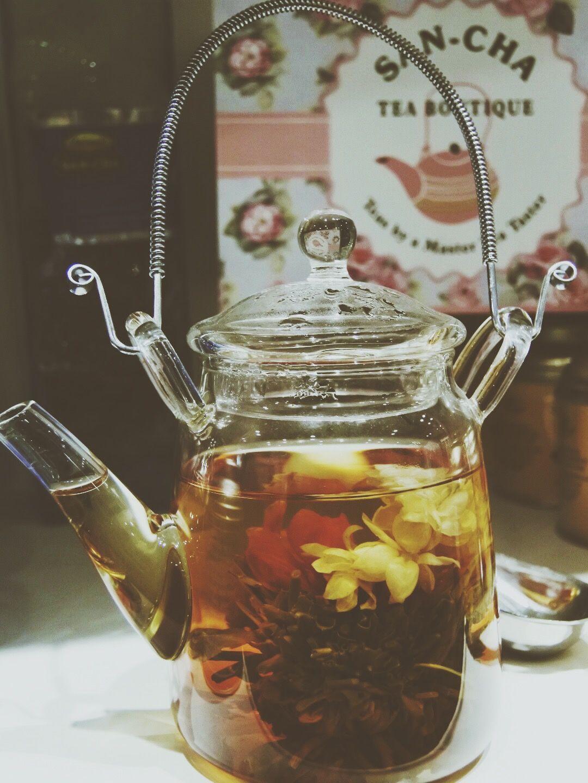 Jasmine green tea in its kettle Tea, Jasmine green tea