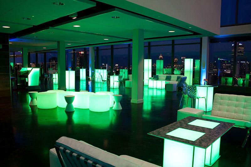 #mobiliario #luminoso con #luz #led www.lavidaenled.com