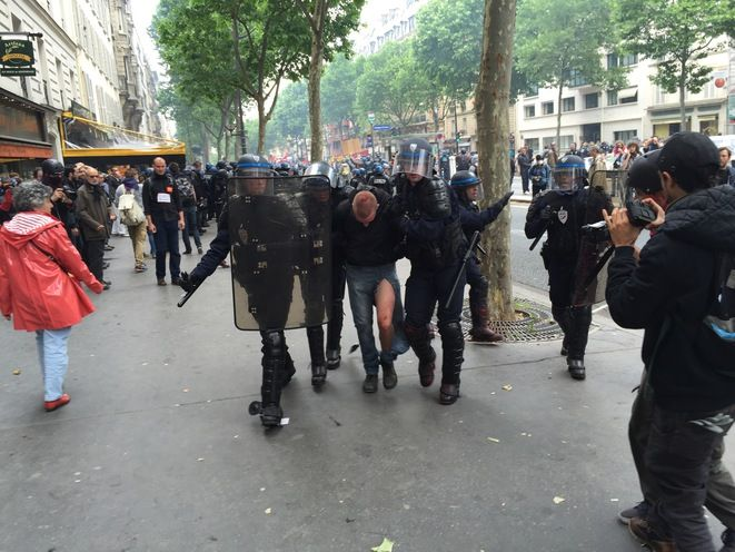 Arrestation-Port-Royal-Paris-14/06/2016 © Pascal Maillard