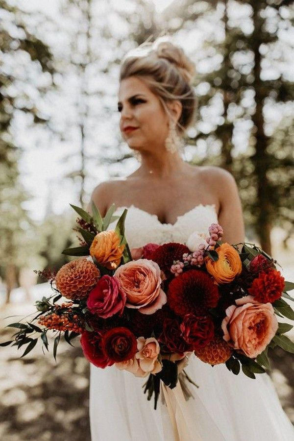 Top 20 Rust Sunset Dusty Orange Wedding Bouquets for Fall #weddingbridesmaidbouquets Rust sunset dusty orange wedding bouquet idea -bohemian wedding bouquets, rust bridal bouquets, burnt orange wedding flowers #fallbridalbouquets