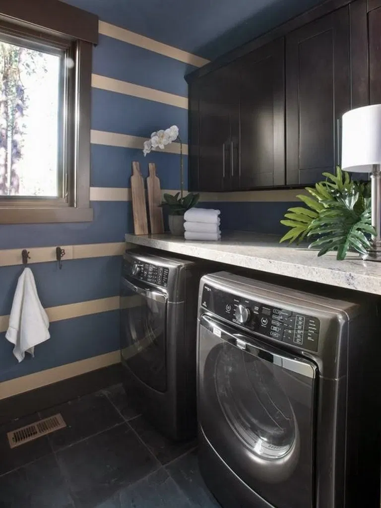 15 Design Ideas Of Your Dream Laundry Room That You Definitely Like In 2020 Hgtv Dream Home Laundry Room Pictures Hgtv Dream Homes