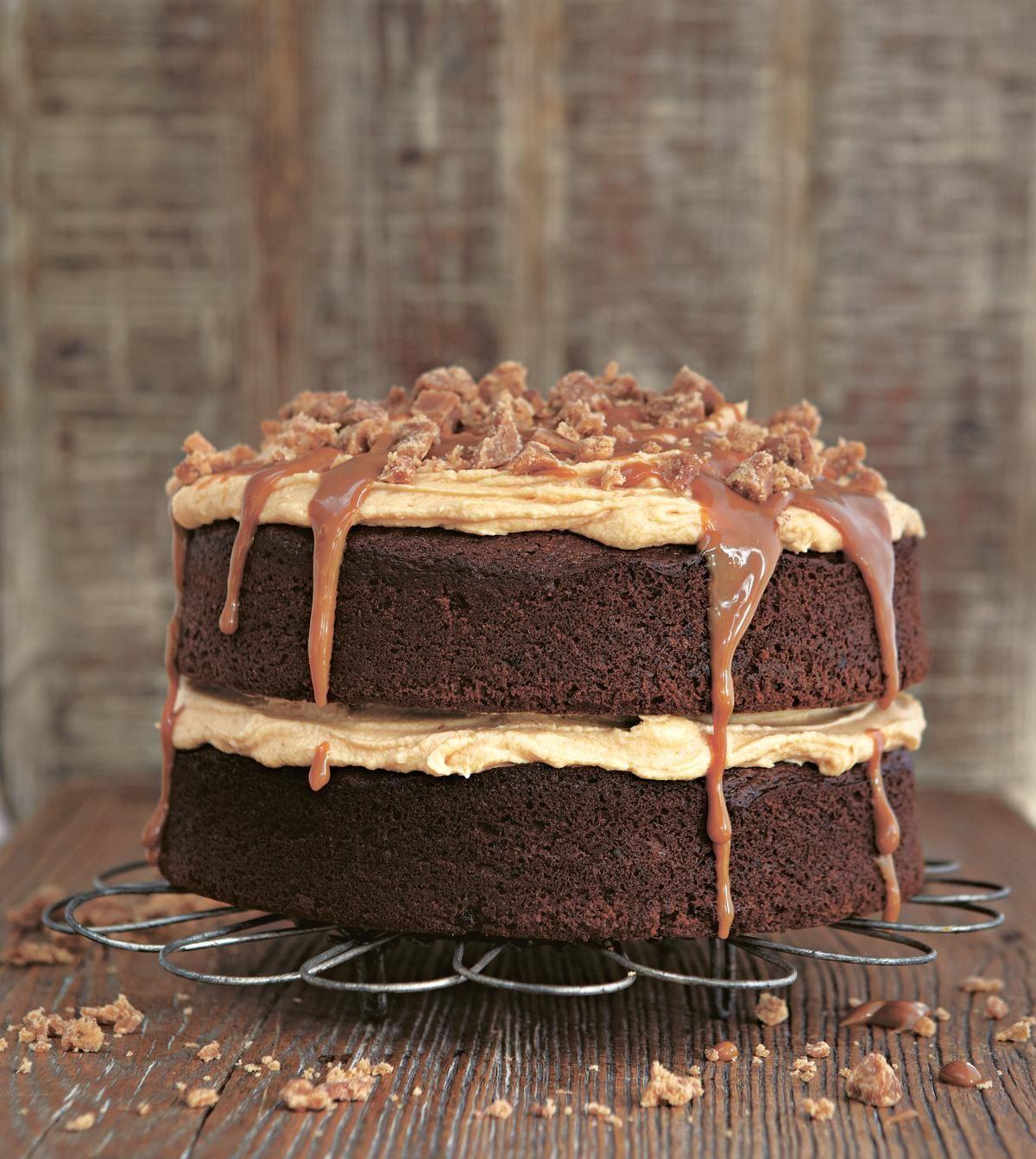 Sticky Toffee Cake Gloriously Sticky Toffee Cake - The Happy FoodieGloriously Sticky Toffee Cake - The Happy Foodie