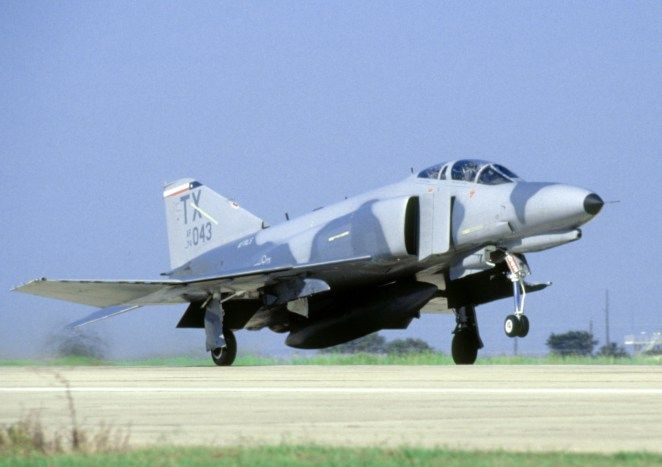 photo essay the unexpected pleasure of a phabulous f phantom  military aircraft