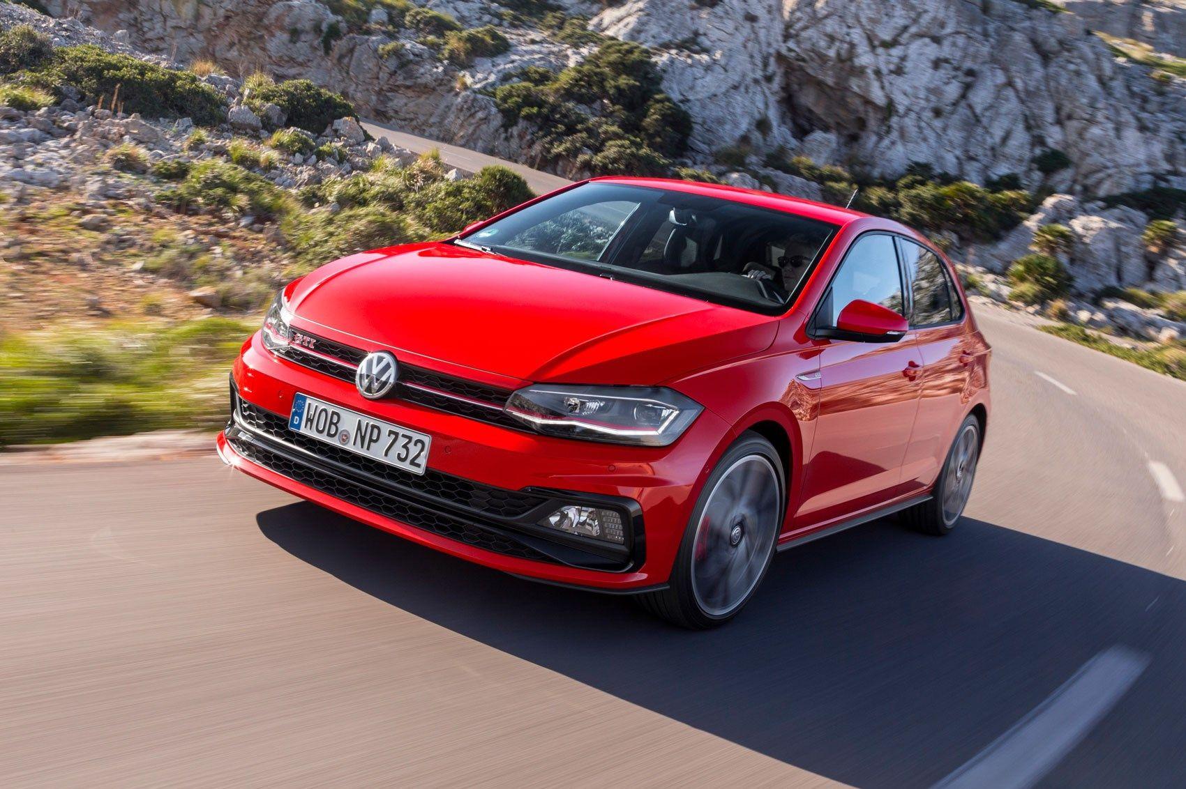 2018 Vw Polo Gti Review Car Magazinehttp Www Carmagazine Co Uk Car Reviews Volkswagen Vw Polo Gti 2018 Review Volkswagen Polo Volkswagen Esportes