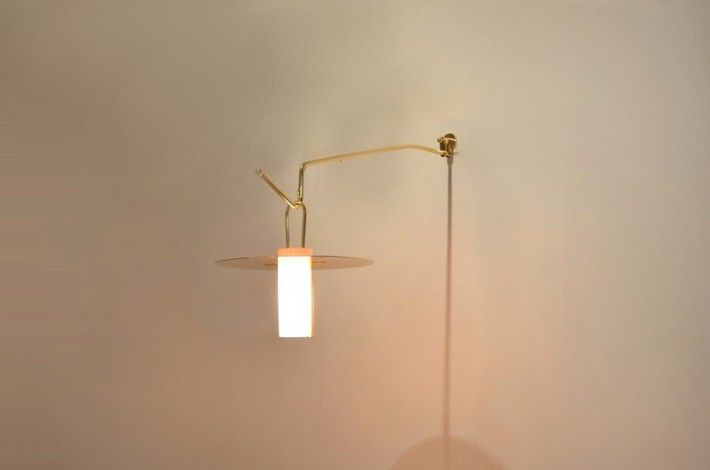"Italian Seguso 1970s Brass & Tainted Glass Arm Lamp -  - <span class=""node-unpublished"">Seguso Vetri d'Arte</span>"