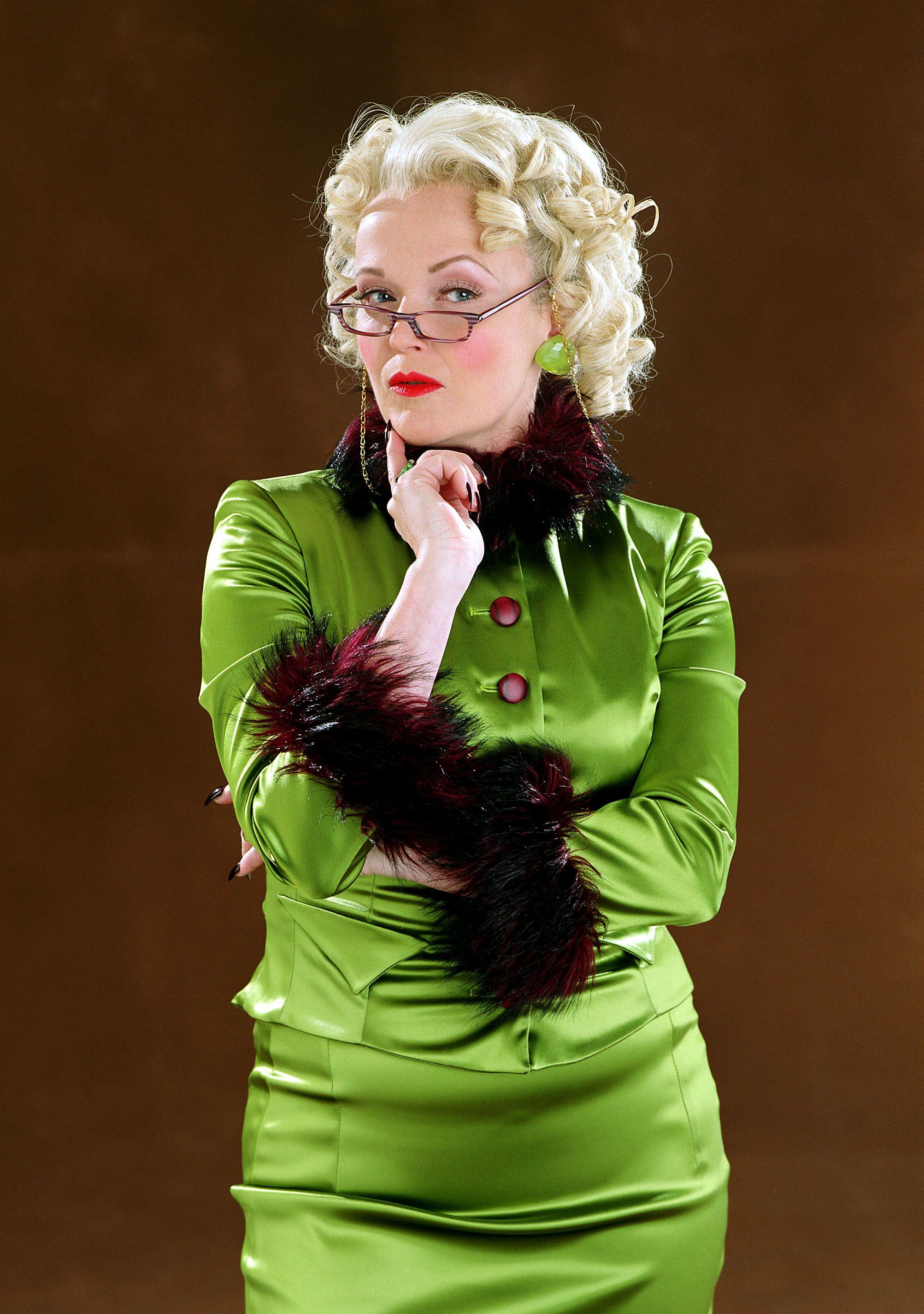 Rita Skeeter Harry Potter Characters Harry Potter Wiki Harry Potter Villains