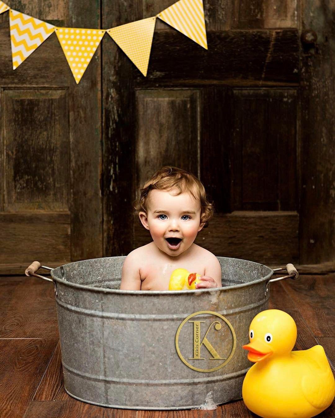 We had so much fun celebrating Mr. Jackson's 1st birthday in the Studio. Love this bathtub image and his happy expression! #firstbirthday #duck #yellowduck #bathtub #cutie #birthdayboy #posepatch