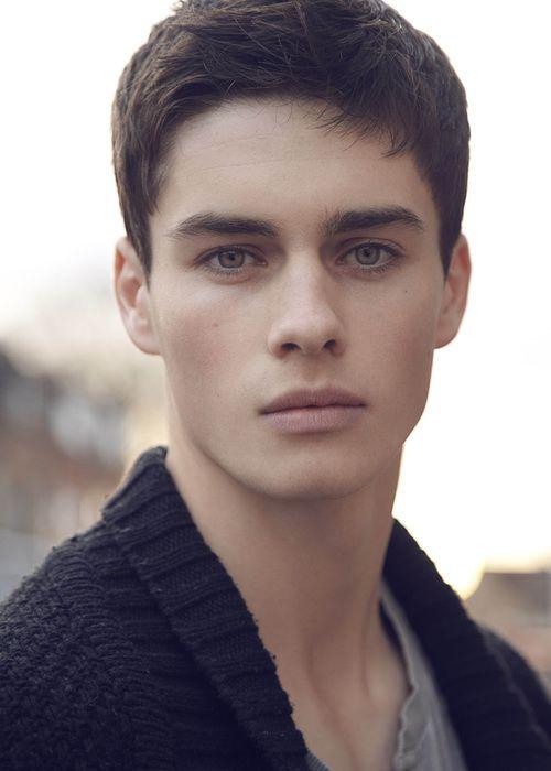 Casual Men Hairstyle Brown Hair Blue Eyes Character Inspiration Male Character Inspiration