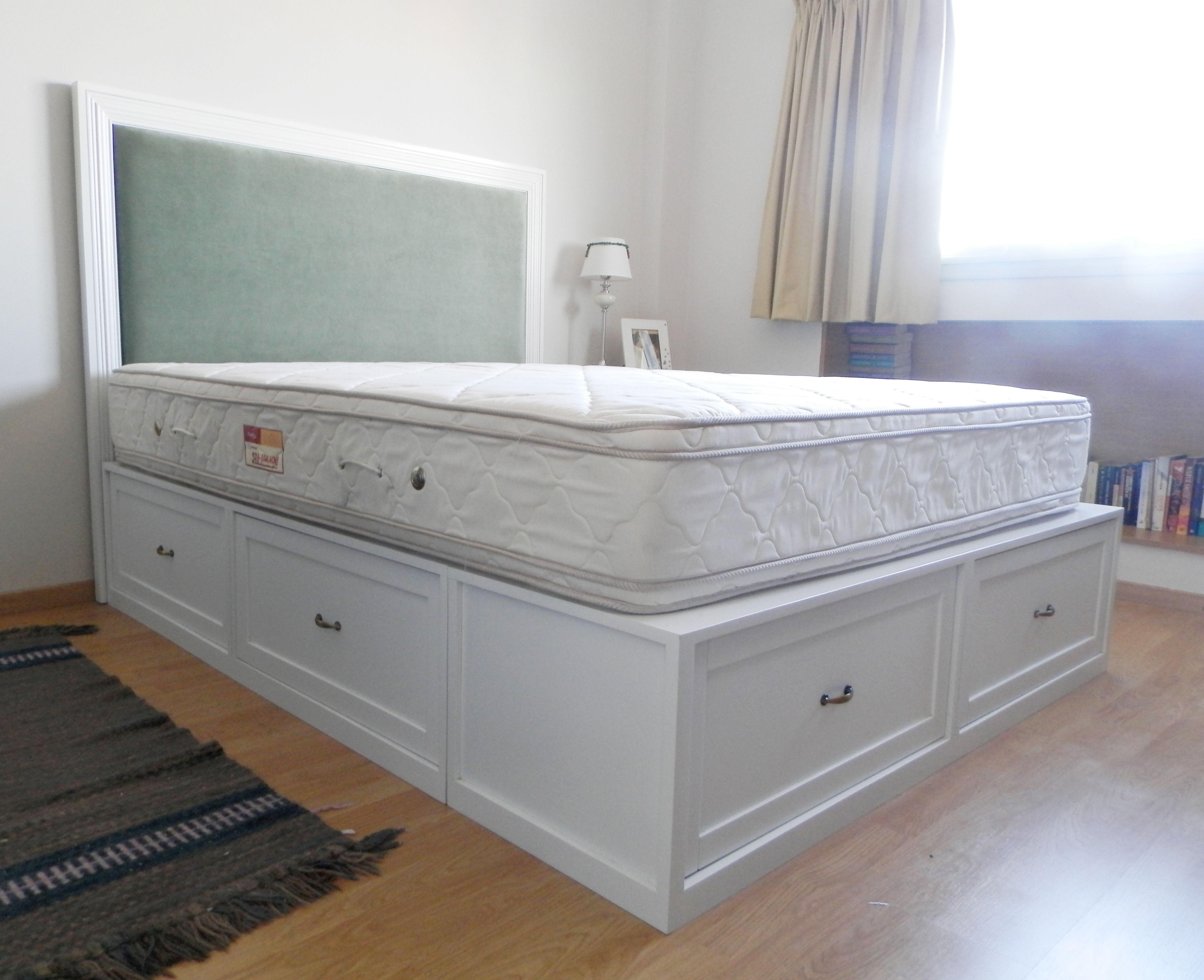 Cama con cajones linea molduras a medida pinterest for Casa silvia muebles y colchones olavarria buenos aires