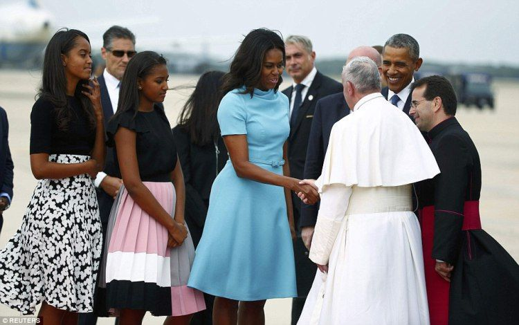 Pope-Francis-USA-Michelle_also_spoke_with_the_pope_who_speaks_limited_English_He_-a-12_amenimario