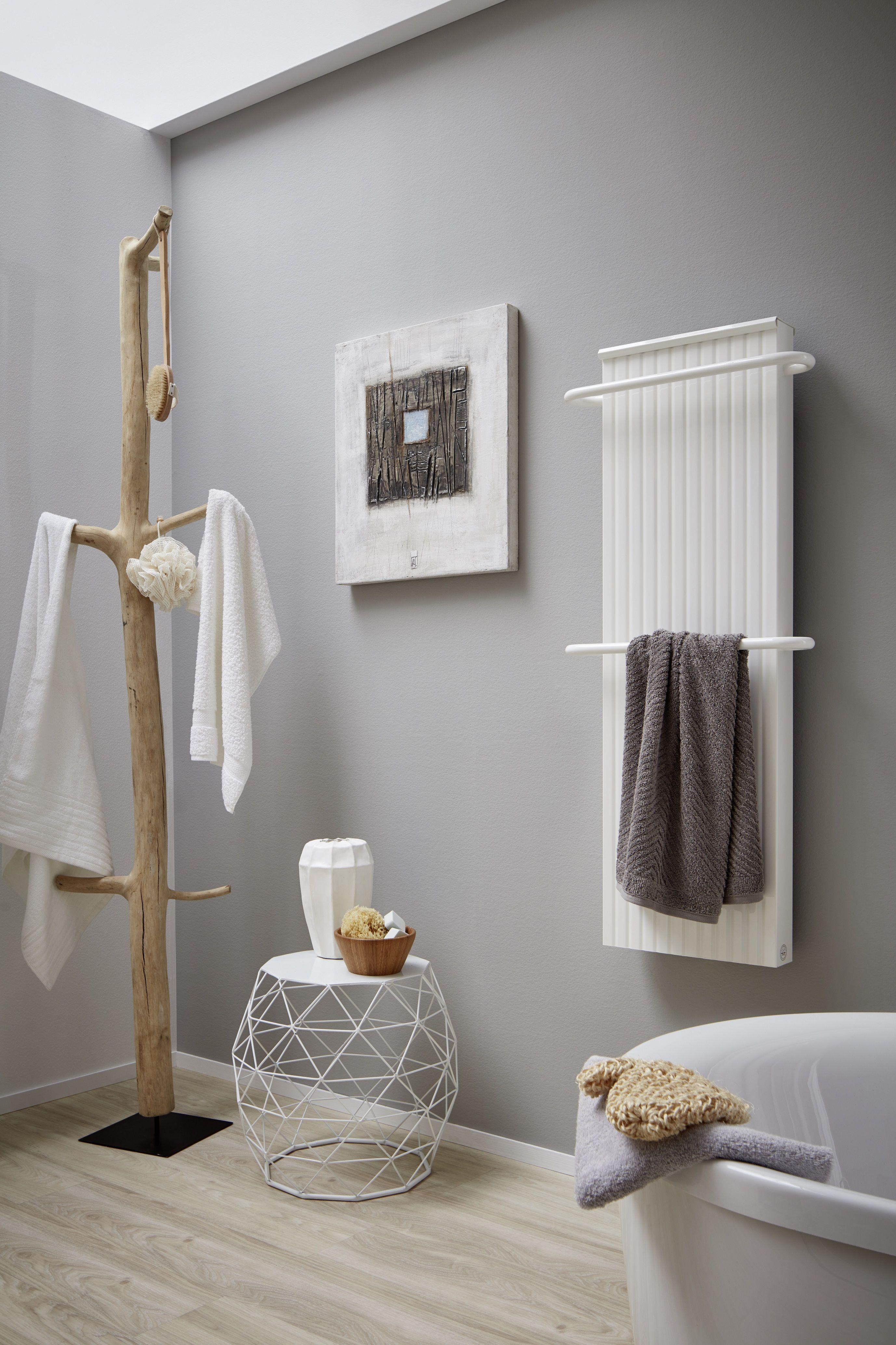Moderne Badheizungen von wibo - warme Handtücher garantiert ...