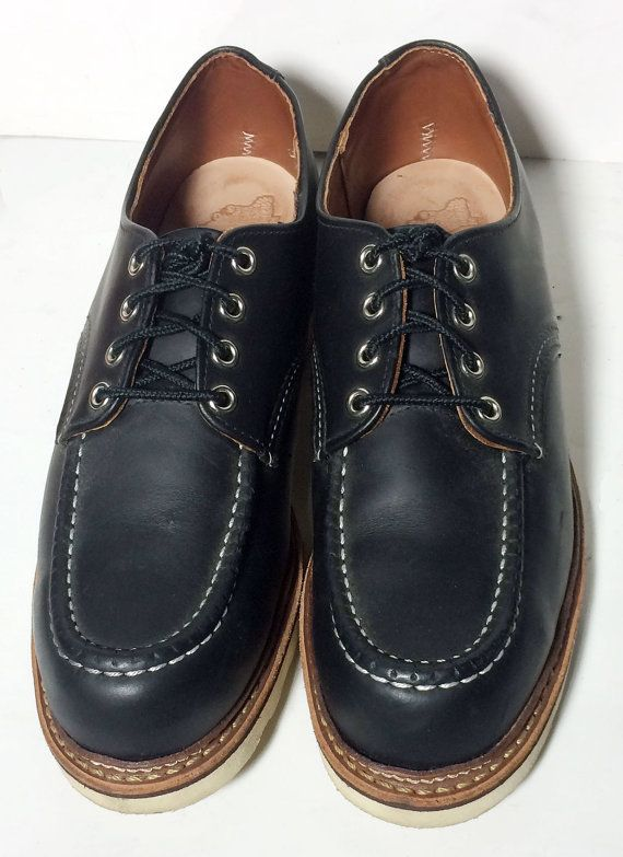 9a933b5f3b17 Red Wing® 8106 Classic Oxford Black Chrome Leather Heritage Work Boots  Men s Size 9 Price   179.99