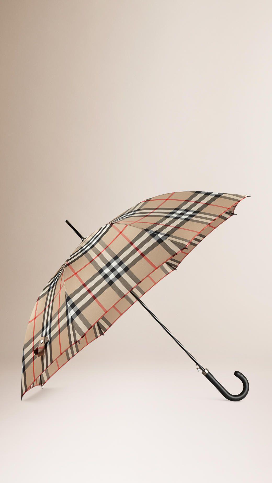 Parapluies pour homme   Burberry   LUXE   Automne hiver 2015 ... b8aaea7f33a