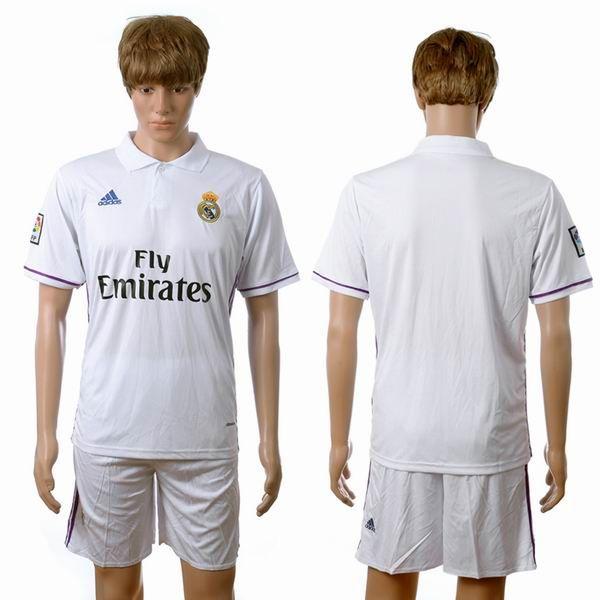 Primera equipacion camiseta real madrid baratas 2016 2017 camiseta de futbol  baratas real madrid 2016 2017 primera equipacion -   Camisetas de fútbol ... 08ba56eb18deb