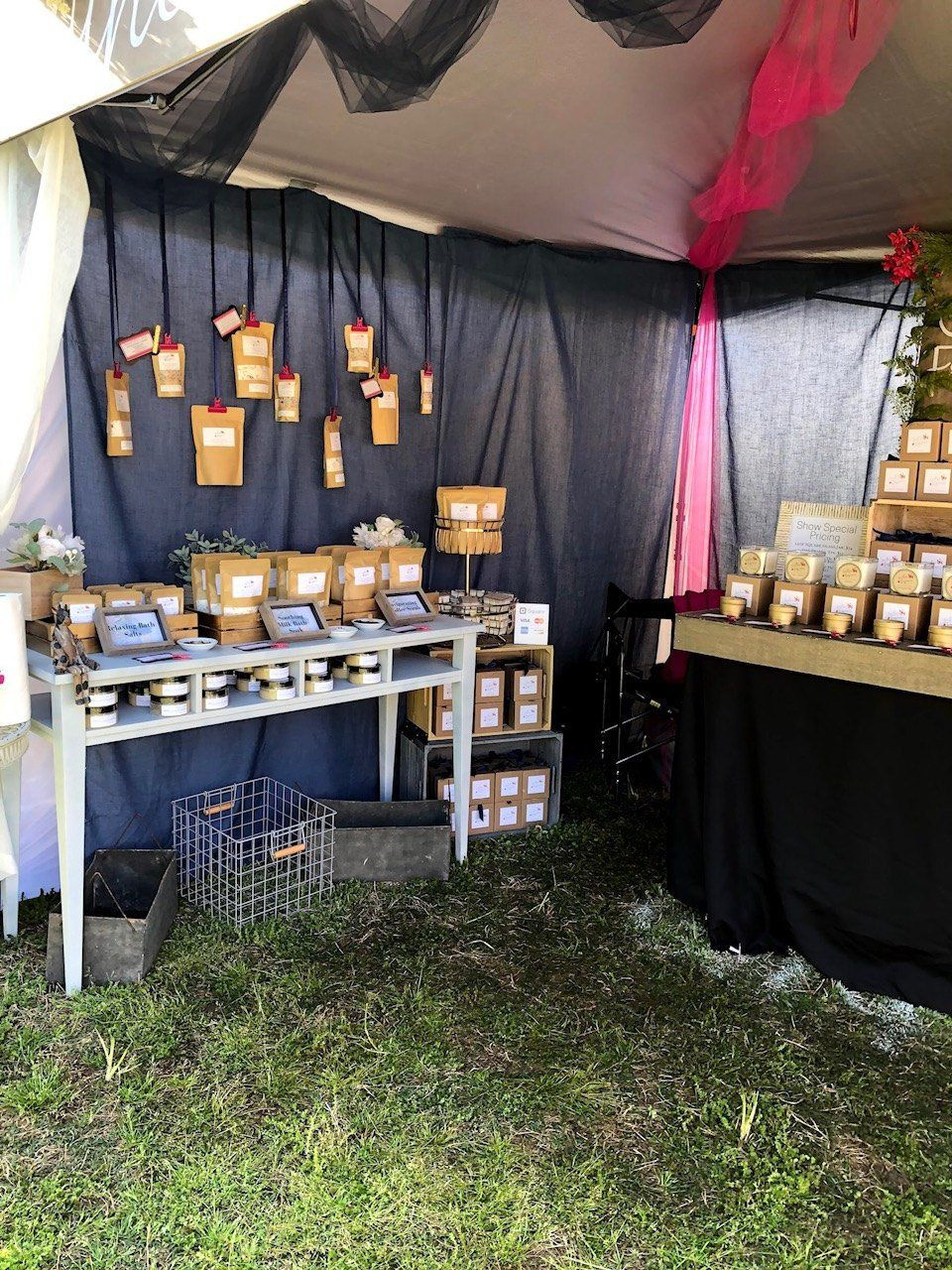 Southern Fragrances Candle Co At Southern Charm At The Farm Pop Up Market Fragrance Candle Pop Up Market Pop Up Shops