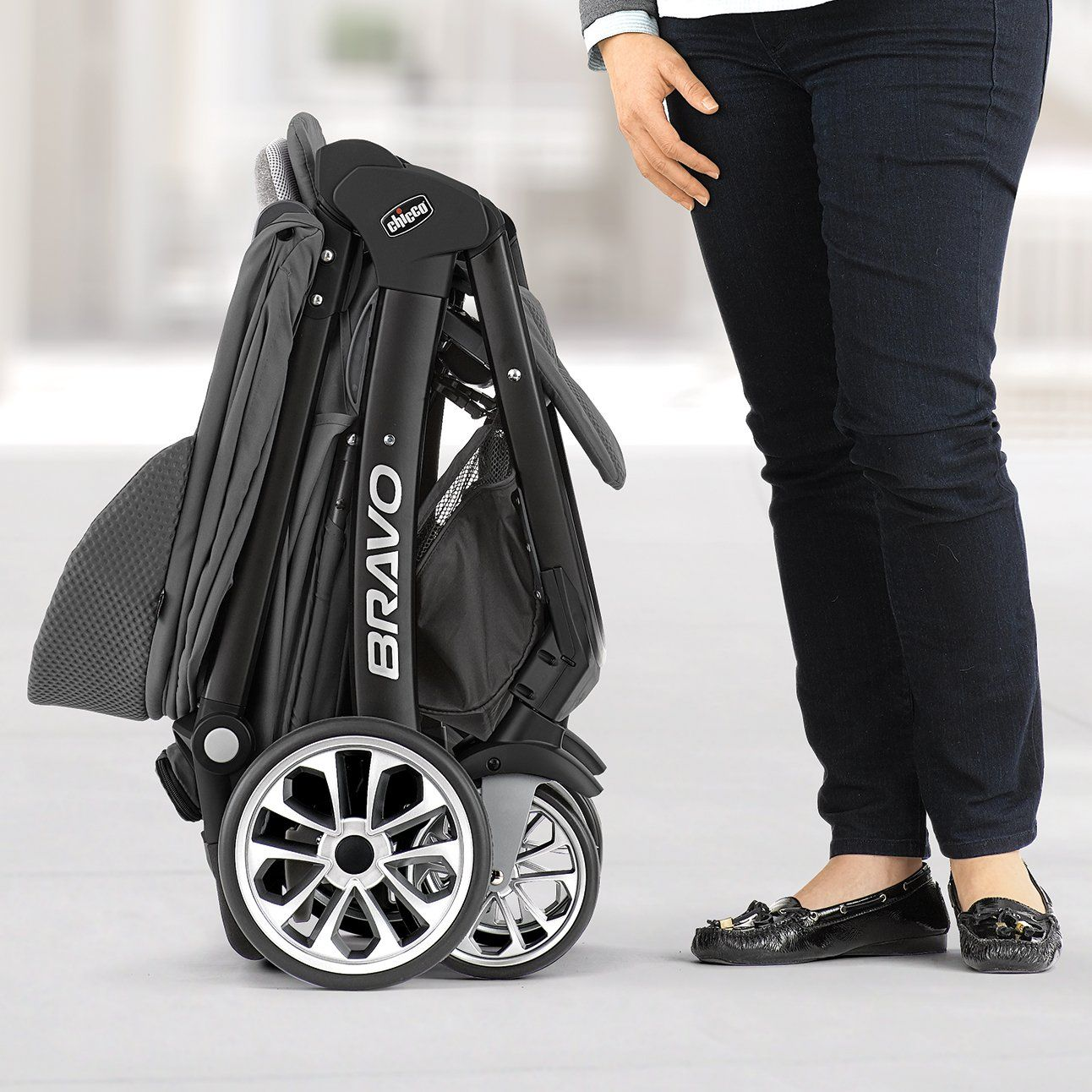 Chicco Bravo LE Stroller Black/Grey ** Want additional