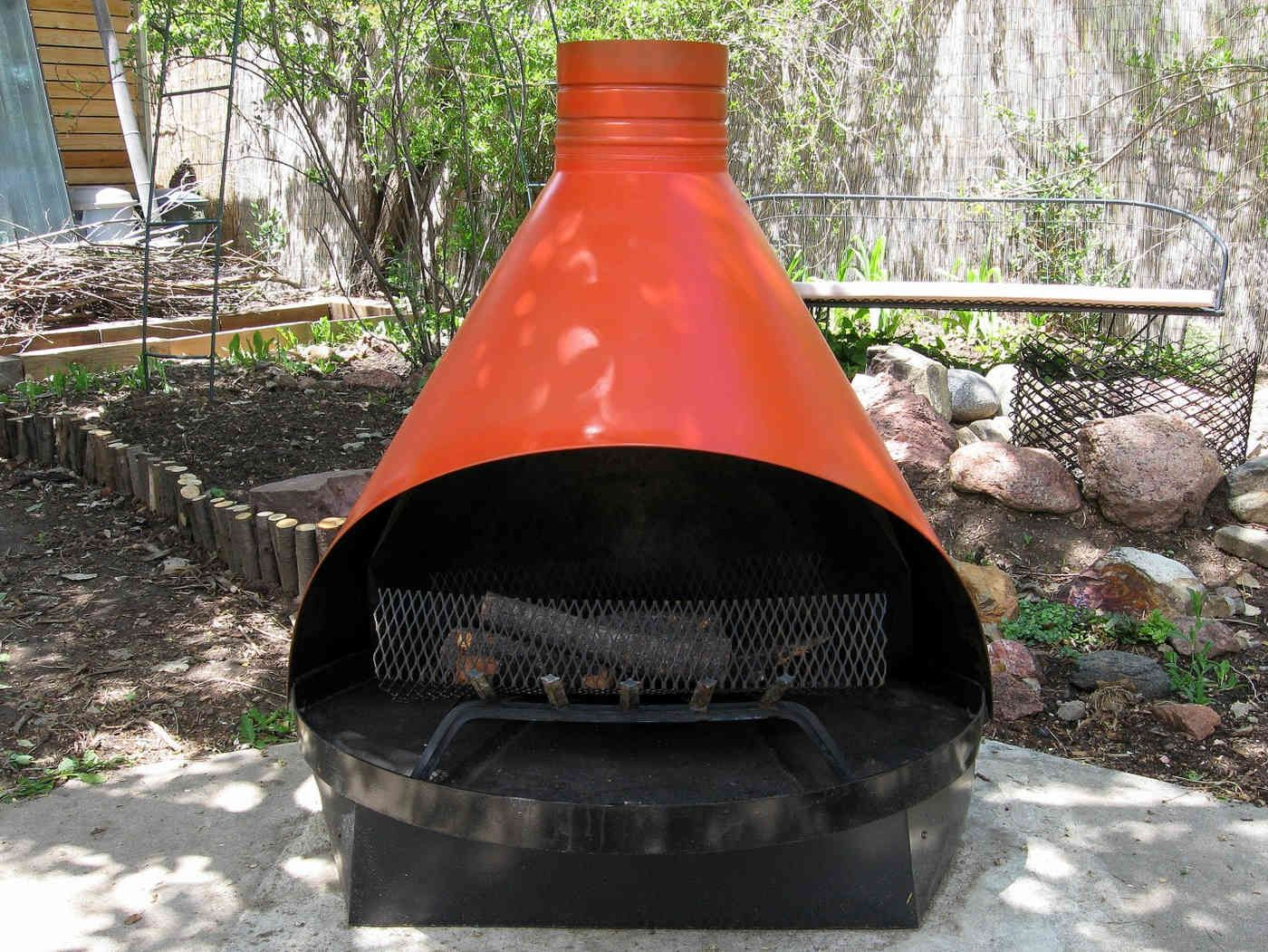 Outdoor Metal Fireplace Images Pictures Nearpics Modern Outdoor Fireplace Outdoor Fireplace Designs Metal Fireplace
