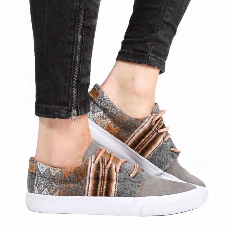 Cavillaca Bajo Gato Gris Oscuro Natural - MIPACHA® Shoes - This new Mipacha  sneaker is