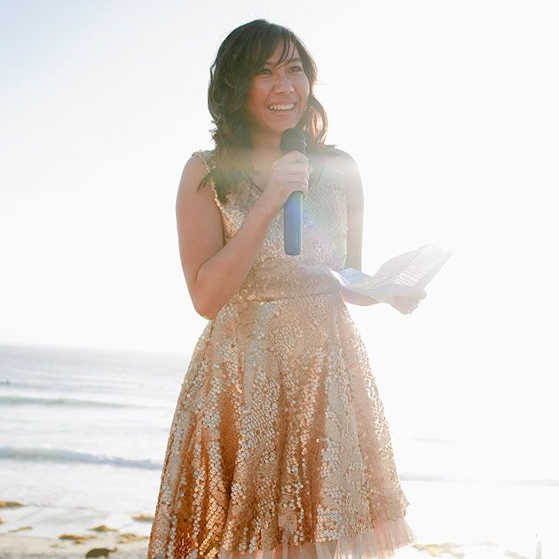 10 Maid Of Honor Speech Ideas & Tips To Help You Give A