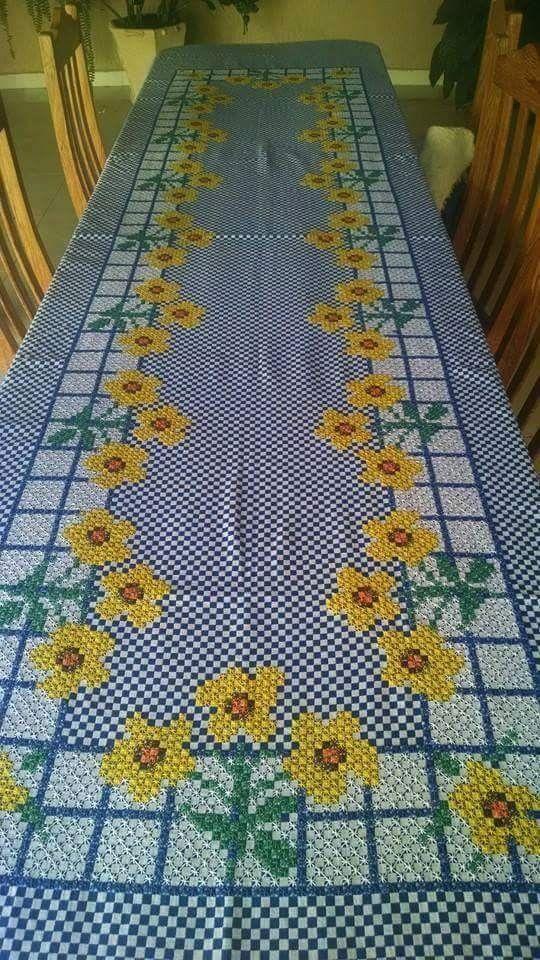 cac8ae9a2fce1e Manualidades   Bordados   Bordado em tecido xadrez, Bordado e Tecido ...